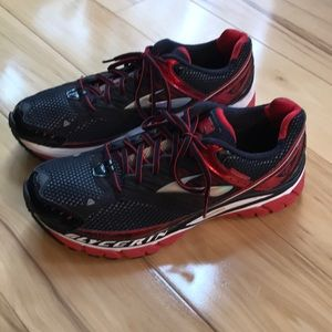 Brooks Glycerin running shoes.  Nwot